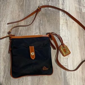Dooney Bourke cross body purse